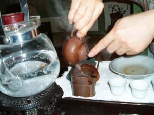 茶芸館での一コマ